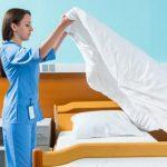 Hospitales, sábanas frías… y sucias